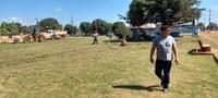 Após pedido do Vereador Robertinho, prefeitura realiza limpeza da Praça Santa Luzia em Guajará-Mirim